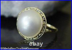 14k Yellow Gold Bezel Set Mabe Button Pearl Greek Key 17mm Band Ring Size 7.5