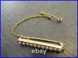 15ct yellow gold brooch set with seed pearls