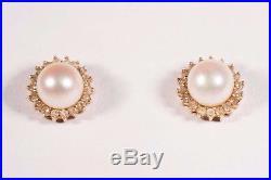 3.4 Gram 14K Yellow Gold Pearl Stud Earrings and Pendant Set