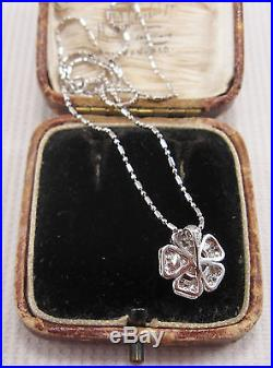 A Beautiful Pearl & Diamond Pendant set in Platinum Chain 18ct White Gold