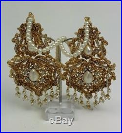 Bridal Jewellery Pakistani Gold Tone Set with Pearls and Stone Work