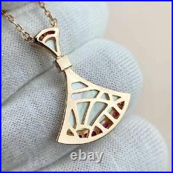 Bvlgari DIVAS' DREAM necklace 18k Gold With pendant mom of pearl set diamond