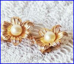 CHRISTIAN DIOR 1964 GROSSE Germany Faux Pearls Gold Plated Flowers Demi-Parure