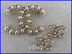 Classic Chanel 2019 Pearl Crystal CC Logo Pin Brooch Earrings Set