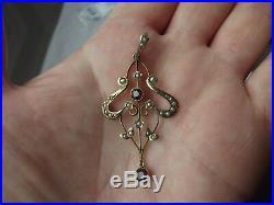 Delicate Fine 9ct Gold Art Nouveau 24 Seed Pearls & Garnet Set Pendant. 2 1/4