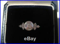 Diamond Pearl Ring in White Gold Setting