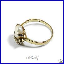 Im Set Perl Ring mit Biwa Perle & Diamanten in 585 Gold und passender Anhänger