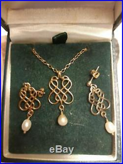Ola Gorie 9ct yellow gold and pearl pendant and earrings set