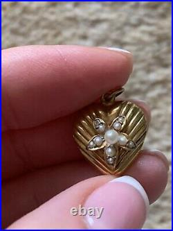 Pretty Victorian 15CT Gold Pearl Flower Set Heart Pendant/Charm