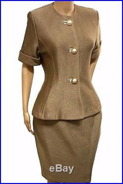 RARE! St. John Suit 8 Blazer Skirt Set Pearl Gold Size 8 Santana Knit Designer