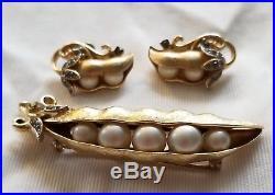 Vintage Trifari Gems of the Sea Rhinestone Faux Pearl Pea Pod Gold Tone Set
